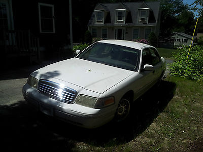 Ford : Crown Victoria S Sedan 4-Door White, From Florida, Have Carfax