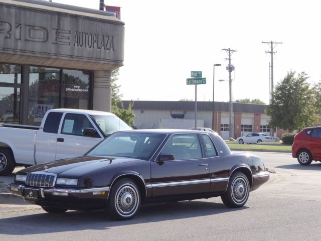Buick : Riviera 2dr Coupe 1993 buick riviera collectors car immaculate extra low 15 k miles drivingvideo