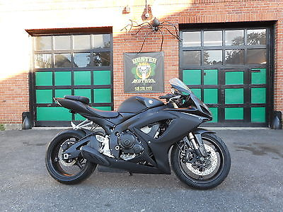 Suzuki : GSX-R 2007 suzuki gsxr 600 custom stealth mat black finish only 12 486 miles kool