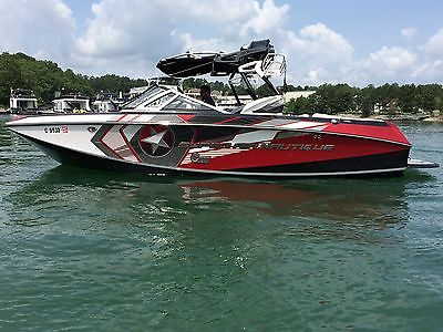 2013 Correct Craft Super Air Nautique G 23 Wakeboard,Surf boat !