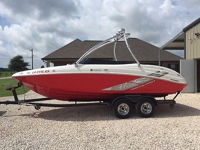 Yamaha 212ss HO Boat with ONLY 41hrs, Twin engine 330HP, Monster speaker tower