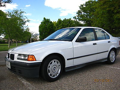 BMW : 3-Series 4 door sedan 1994 bmw 318 i
