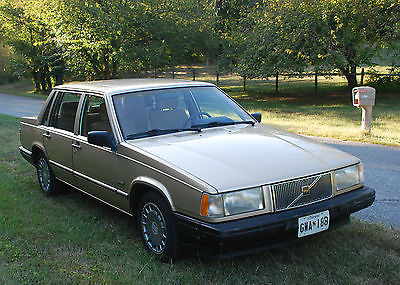 Volvo : 740 GL Sedan 4-Door 1990 volvo 740 gl sedan 4 door 2.3 l