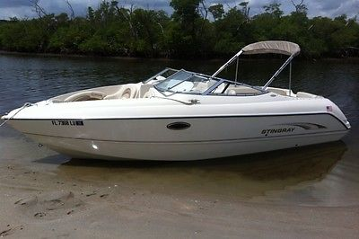 2002 Stingray 240LR Bowrider in Excellent Condition w/ NEW Mercruiser Engine