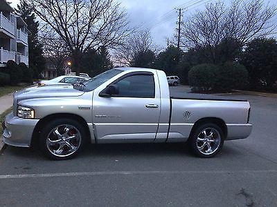 Dodge : Ram 1500 SRT 10 Silver SRT 10