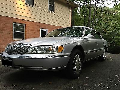 Lincoln : Continental Base Sedan 4-Door 2002 lincoln continental silver sedan great condition