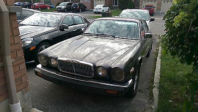 Jaguar : XJ12 Vanden Plas Sedan 4-Door 1988 jaguar xj 12 vanden plas sedan 4 door 5.3 l