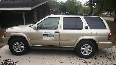 Nissan : Pathfinder LE Sport Utility 4-Door *NEW Tires*, Leather Interior, Gold SUV