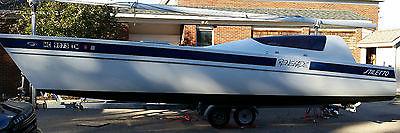 27' Stiletto Catamaran Sailboat