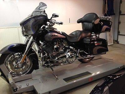 Harley-Davidson : Touring 2008 cvo harley davidson screamin eagle road king cvo with less than 7 000 miles