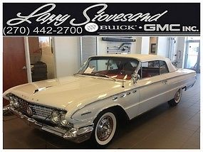 Buick : Electra 225 CLASSIC SHOW CONVERTIBLE 1961 Buick Electra RESTORED SHOWROOM SHINE CADILLAC