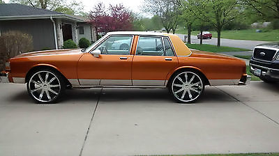 The Best 1995 Chevy Caprice On 26S