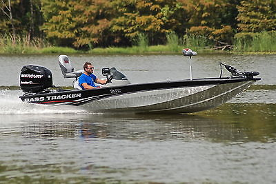 BASS TRACKER PRO TEAM 190 TX *HD PICS* ONLY 30 HOURS