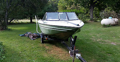 1976 Saf-T-Mate 16' Runabout with 1974 85HP Mercury Outboard
