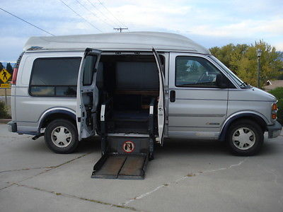 Chevrolet : C-10 chevy handicapped van