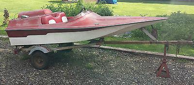 1988 Funjet jet boat. 70hp Yamaha motor.