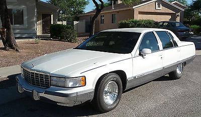 Cadillac : Fleetwood Brougham Sedan 4-Door 1994 cadillac fleetwood brougham sedan 4 door 5.7 l