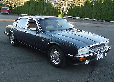Jaguar : XJ6 1991 XJ6 Jaguar Sovereign - Amazing car - XJ40 XJ6 Jaguar - Cool car - XJ40 - NADA classic value is $11,900 retail. Great Price