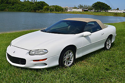 Chevrolet : Camaro Convertible 2001 chevrolet camaro convertible florida car white leather shipping available