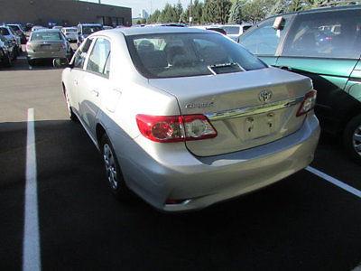 Toyota : Corolla 4dr Sedan Automatic LE 4 dr sedan automatic le low miles automatic gasoline 1.8 l 4 cyl silver