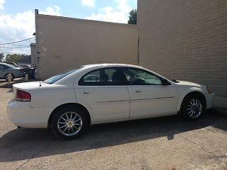 Chrysler : Sebring 2003 chrystler sebring new tires nice car very dependable 3 500