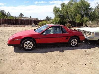 Pontiac : Fiero OTHER 1986 pontiac fiero se coupe 2 door 2.8 l