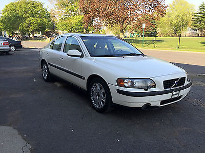 Volvo : S60 T5 Sedan 4-Door 2001 volvo s 60 t 5 5 spd turbocharged well maintained vehicle