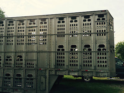 1996 Barrett 50' Livestock Pot Semi Trailer Fleet Reduction Sale Winter Kit Hogs