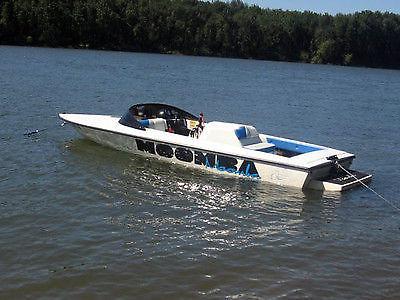 1997 Moomba Boomerang Ski/Wakeboard Boat