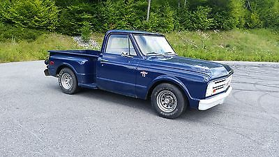 Chevrolet : C-10 Base 1967 chevy c 10 shortbed stepside lowered small window sbc 283 powerglide blue v 8
