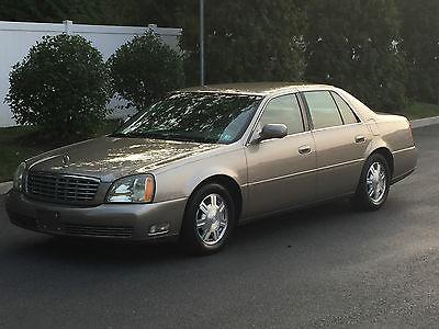 Cadillac : DeVille Base Sedan 4-Door 2004 cadillac deville base sedan 4 door 4.6 l excellent car