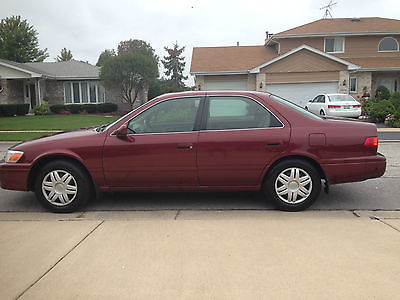 Toyota : Camry LE Reliable, Clean 2000 Toyota Camry LE