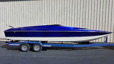 Skater 24 cat catamaran hull and trailer