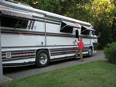 1990 Foretravel GrandVilla U-280,  Very Nice and Well Maintained w/ all records
