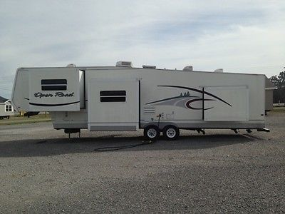 2004 Pilgrim Open Road 5th wheel, 395 FLDS