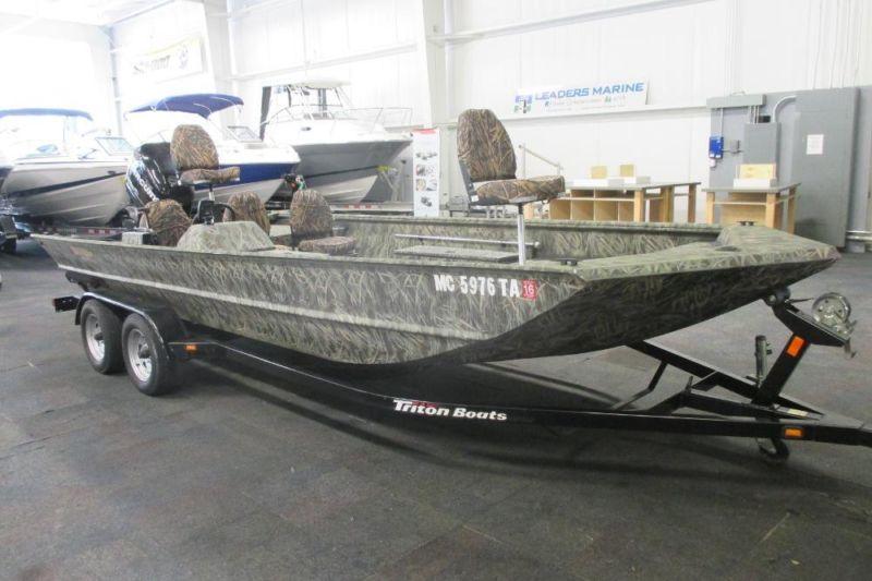 2007 Triton 2070 SC Fishing and Hunting Boat w/115 HP Mercury Optimax!