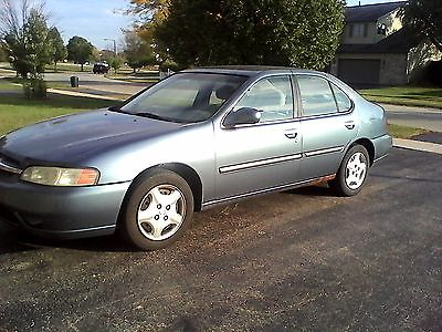 Nissan : Altima GXE Sedan 4-Door 2000 nissan altima gxe sedan 4 door 2.4 l blue with gray interior