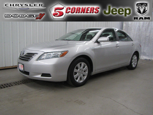 Toyota : Camry Base Super clean local trade boss says it has to go!!