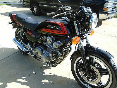 Honda : CB Honda CB750F Super Sport