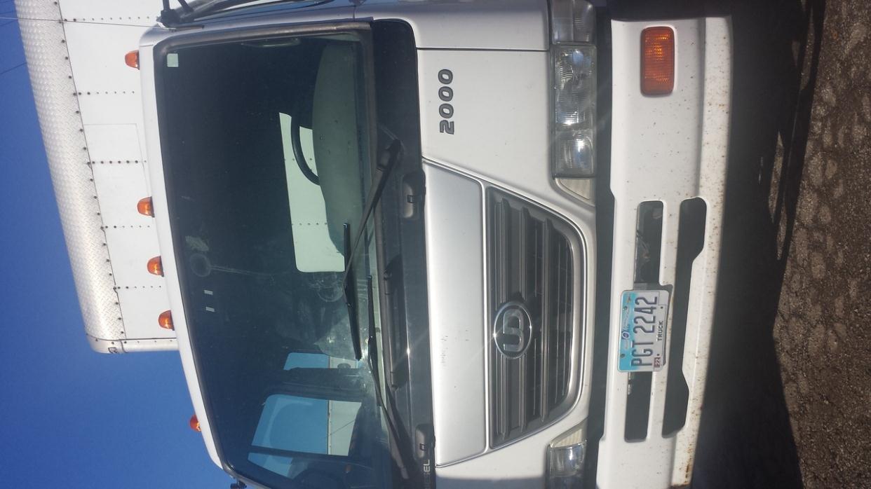 2010 Ud Trucks 2000
