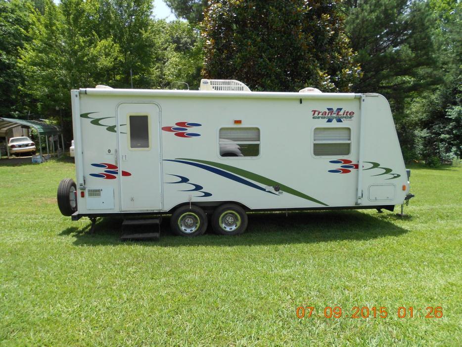 2006 R-Vision Trailbay TB 38FK
