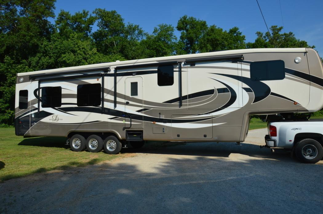 2015 DRV Mobile Suites 43 CINCINNATI