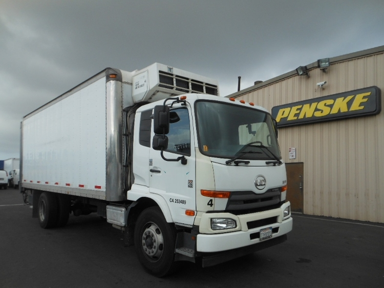 2012 Nissan Ud3300