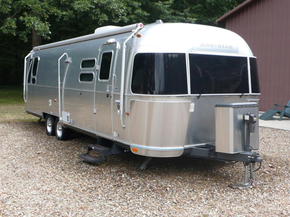 2016 Airstream 25 Flying Cloud