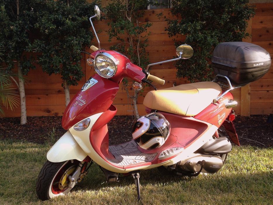2003 Genuine Scooter Company Stella