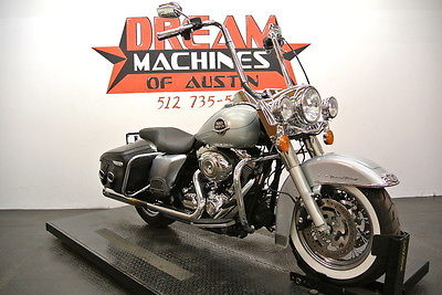 Harley-Davidson : Touring 2010 FLHRC Road King Classic *18