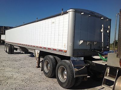 HOPPER BOTTOM GRAIN TRAILER WILSON 43'