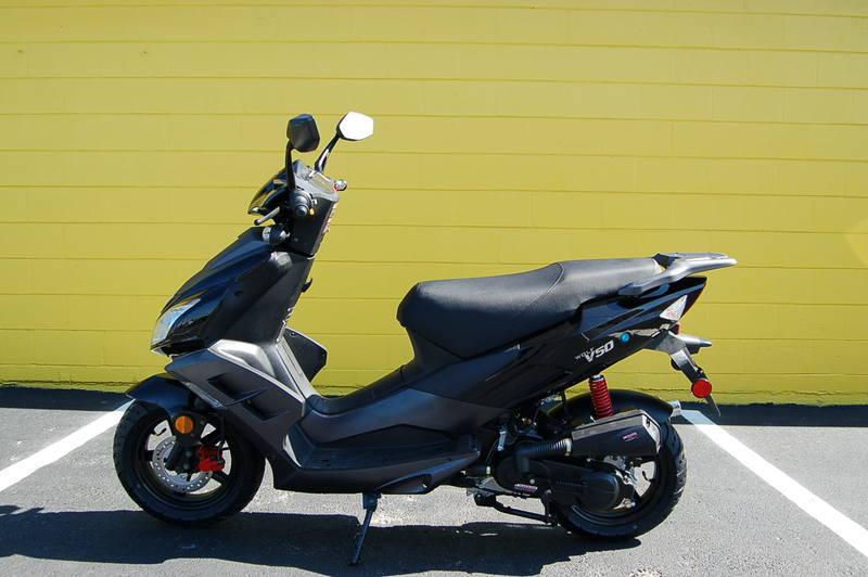 2011 Huatian 49cc Scooter (ht50qt-26)