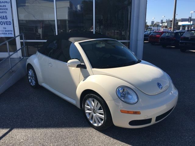 Volkswagen : Beetle-New 2dr Auto SE 2008 volkswagen new beetle 2 dr auto se low mileage