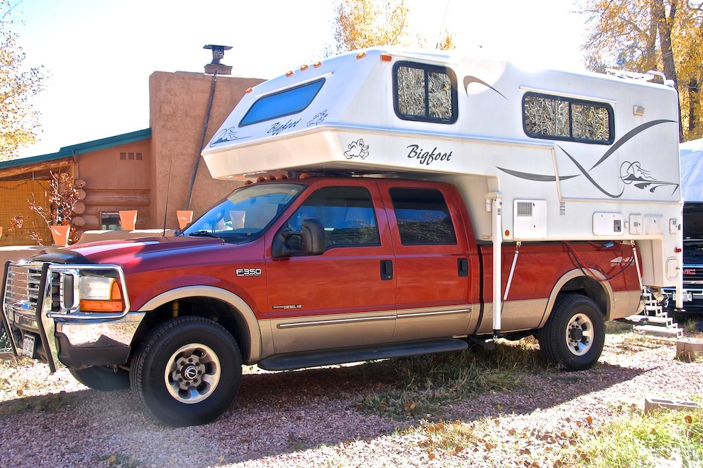 2009 Bigfoot 40MH32ST